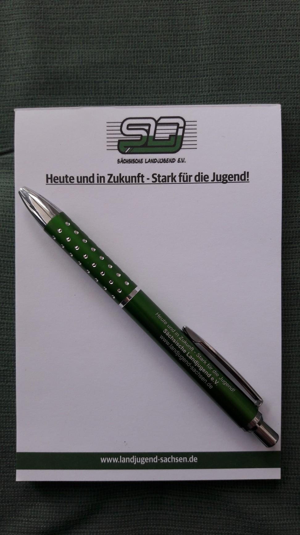 Notizblöcke und Stifte