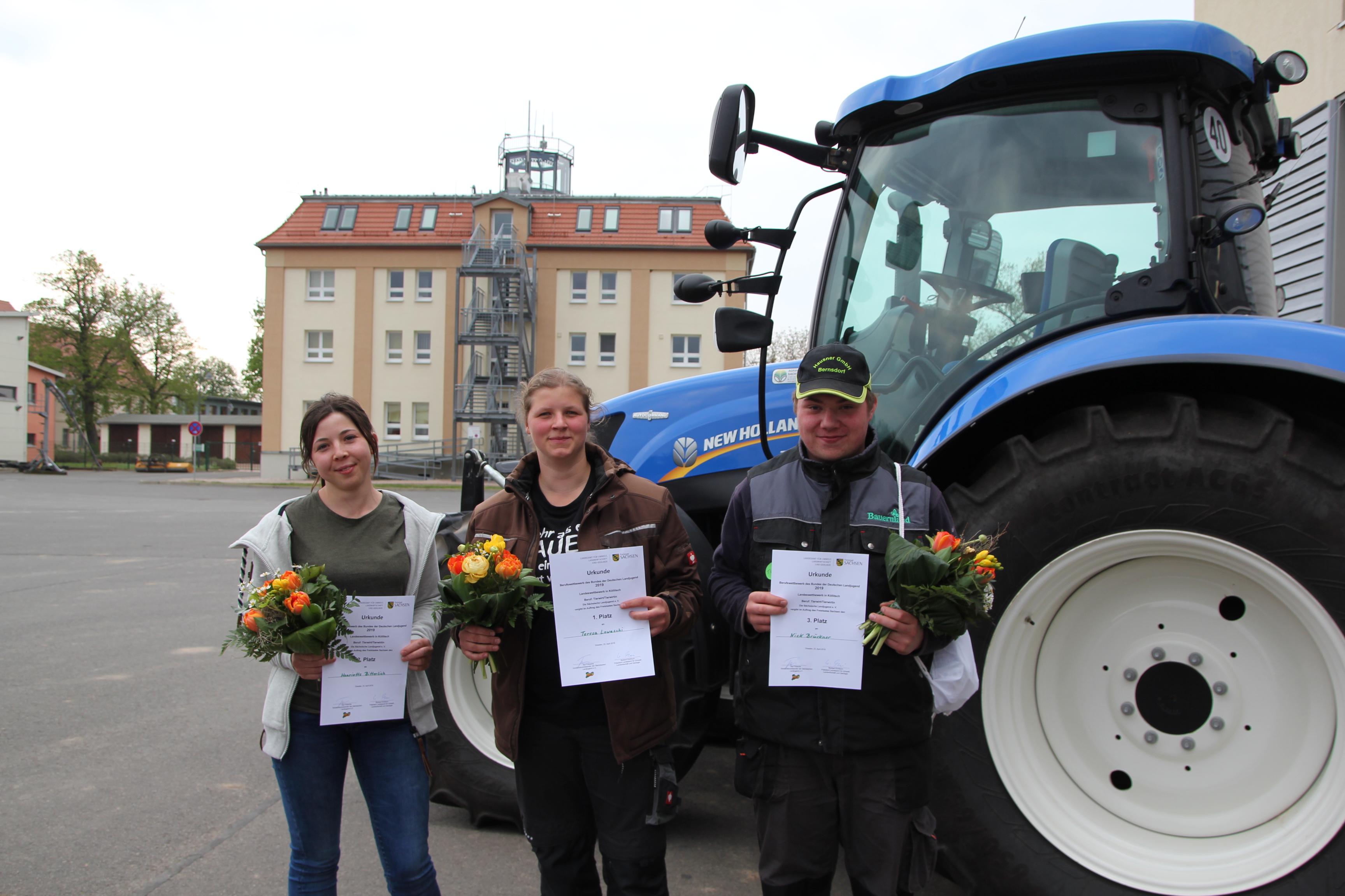 Henriette Bitterlich, Teresa Lowaschi und Nick Brückner (v. links)